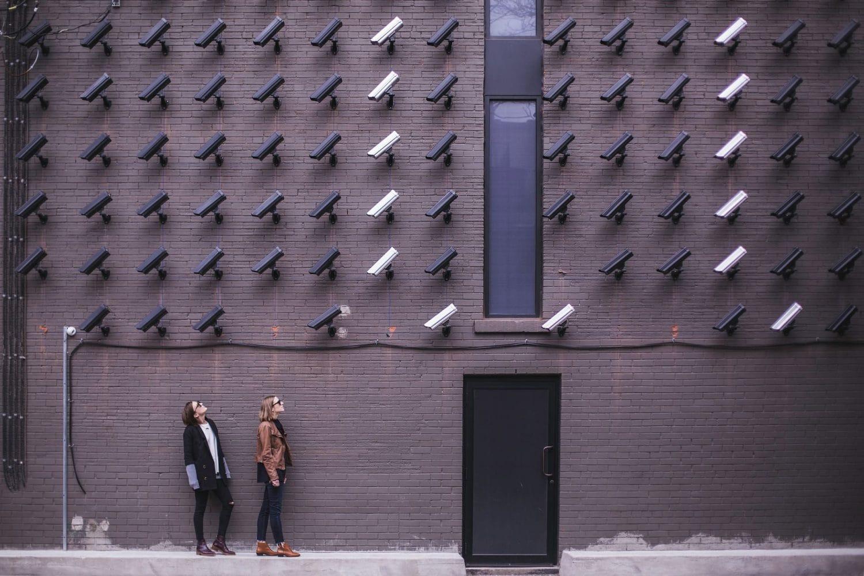 """O sistema de Inteligência Artificial mais Valioso também faz Parte do """"Maior Sistema de Vigilância do Mundo"""""""