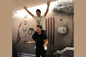 Elon Musk Enviará 8 Artistas ao Redor da Lua em 2023