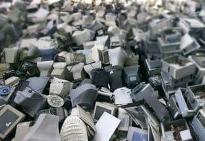 Como Resolver o Problema do E-Lixo no Brasil?