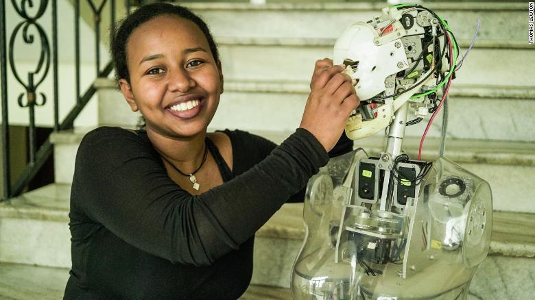 Gênio de 19 Anos Codifica no primeiro laboratório de IA da Etiópia