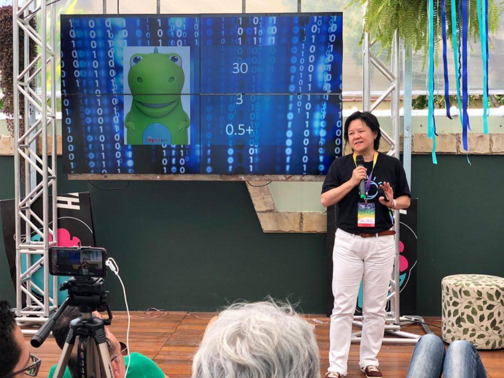 Inteligência Artificial ao Alcance de Todos - Jeni Shih - HackTown 2019