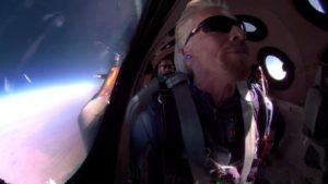 Voando para o espaço a bordo da Virgin Galactic